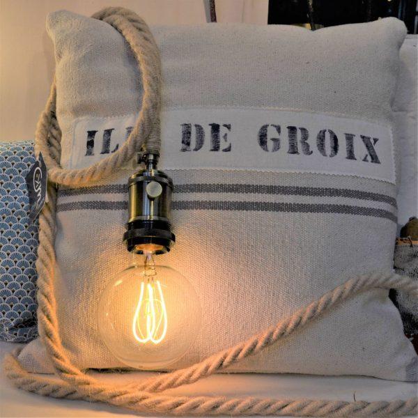 lampe cordage de crateur fabriquée en bretagne france à Pléneuf-Val-André 22