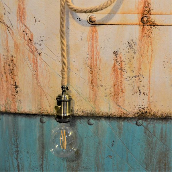 lampe créateur français cordage maritime ou industrielle à enrouler sur poutre ou sur bois flotté