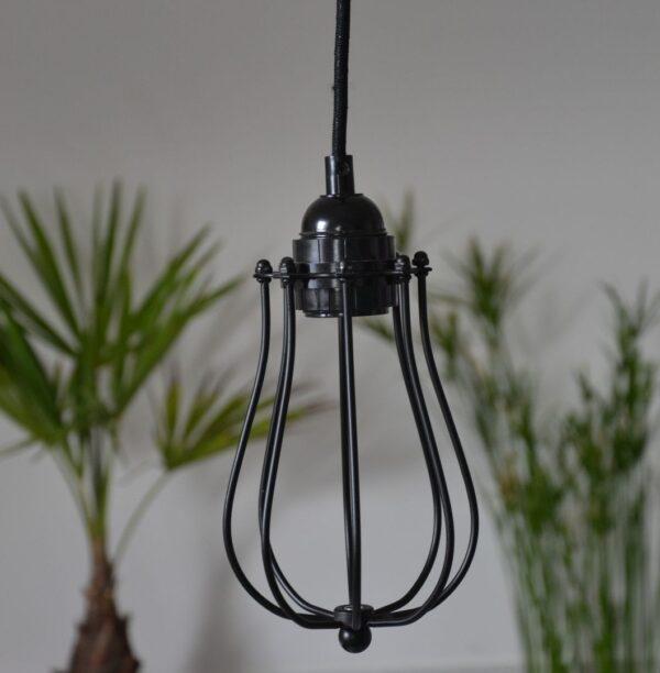 suspension industrielle métal filaire cage noire