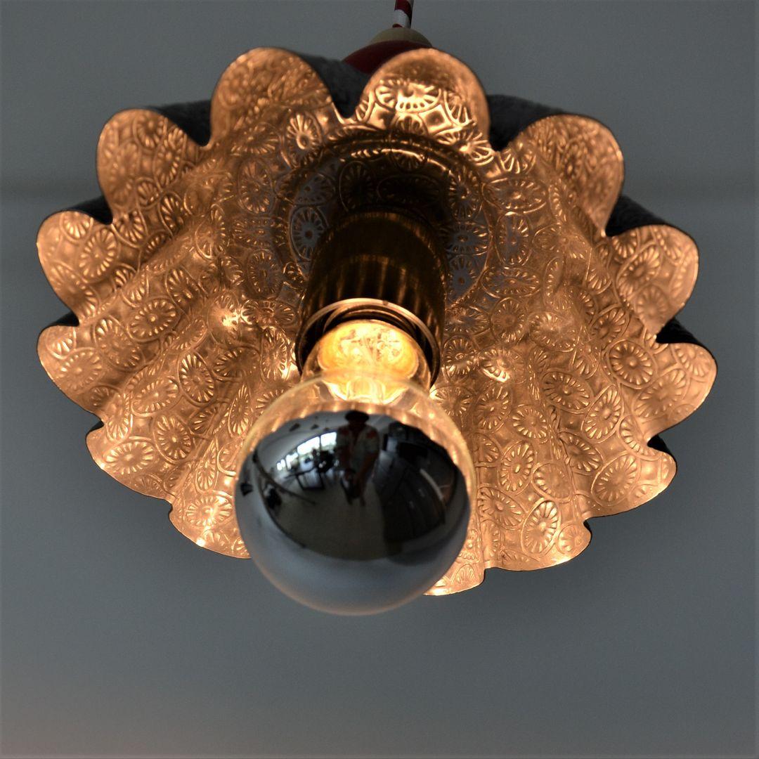 lampe luminaire suspension lustre plafonnier upcycling détournement seconde vie récup vintage pâtisserie